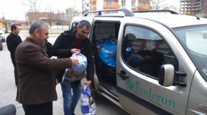 Lise Öğrencilerinden, Türkmenlere Yardım