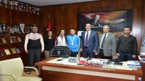 Yüzme'de Türkiye Şampiyonu Oldu