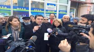 CHP'liler Bugün AKSA Önünde Eylem Yaptı