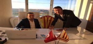 Yeni Malatyaspor Bayram Bektaş anlaşarak el sıkıştı