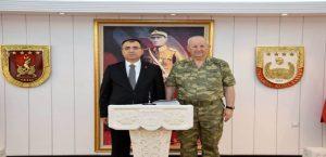 Vali Toprak 2.Ordu Komutanlığını Ziyaret Etti