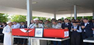 Vali Toprak, Şehit Mikail Yaşa'nın Cenaze Törenine Katıldı