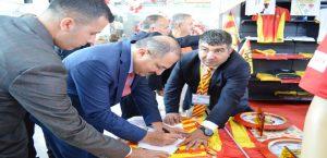 Vali Kaban, Evkur Yeni Malatyaspor Standını Ziyaret Etti