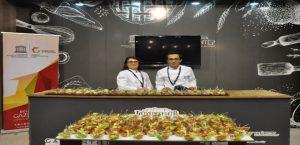 3'üncü Uluslararası Gastronomi Turizmi Kongresi'ne Katıldı