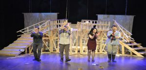 İntiharın Genel Provası Adlı Tiyatro Oyunu Sahnelendi