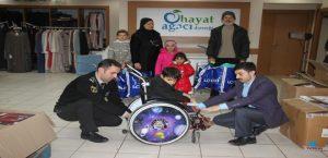 Küçük Muhammed'e Tekerlekli Sandalye Desteği