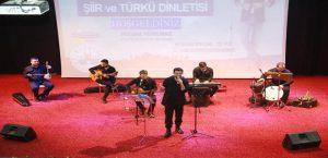 Mehmet Ercan Şiir ve Türkü Dinletisi Gerçekleştirdi