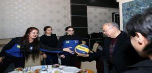 Başkan Kutlu, Spor-Der'in Şampiyonluk Sevincine Ortak Oldu