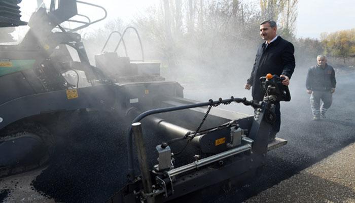 Yeşilyurt Belediyesi Ekipleri İlçenin Dört Bir Tarafında Çalışıyor