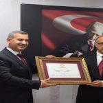 Başkan Mehmet Çınar Mazbatasını Aldı