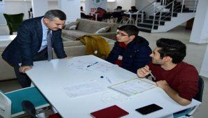 Yeşilyurt Belediyesi'nin Eğitim Merkezleri Sahura Kadar Hizmet Veriyor