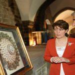 Kaymakam Duran ve Başkan Güder, Kağıt Rölyef Sergisinin Açılışını Yaptı