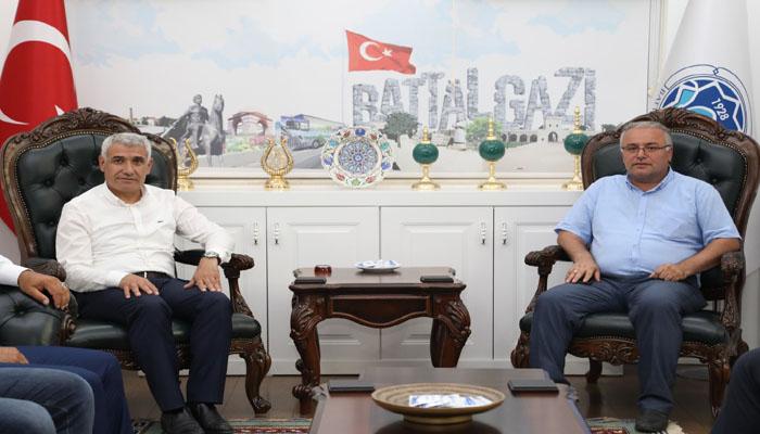 Başkan Güder, Bizim Amacımız Malatya'mızı Dışarıya Açmak