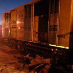 Depremzedelere Yardım Taşıyan Kamyon Alev Alıp Yanmaya Başladı