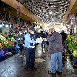 Büyükşehir Belediyesi'nden Balık-Sebze Meyve Pazarı Esnaflarına Maske