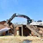 Yeşilyurt'ta Metruk Binalar Teker Teker Ortadan Kaldırılıyor