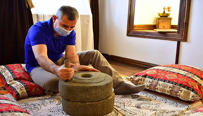 44 Yıl Hatır Kahve Konağı'nda Kahve Kültürünü Yansıtan 500 Farklı Obje Sergilenecek