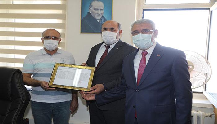 Başkan Güder, Ak Parti İlçe Başkanı Basri Kahveci'nin Mazbata Törenine Katıldı