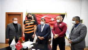 Büyükşehir Erkek Voleybol Takımından Başkan Gürkan'a Ziyaret